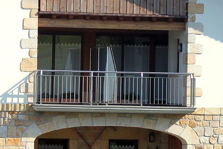 ventanas-pvc-nogal-2